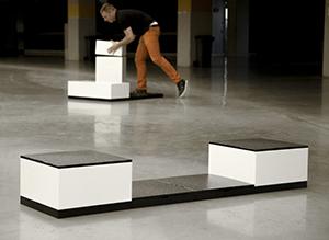 Cuburi expo modulare POSM cu finisaj negru lucios